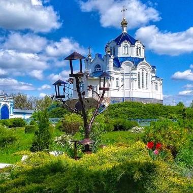 Экскурсия по усадьбе Закревских + Мгарский монастырь из Киева