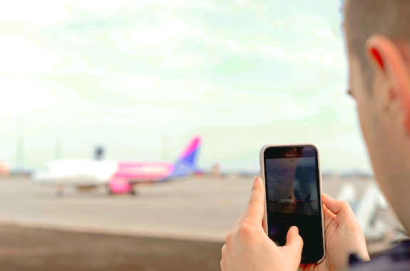 Картинка поездка на взлет самолета