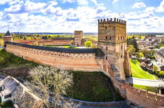 Экскурсия в замок Любарта