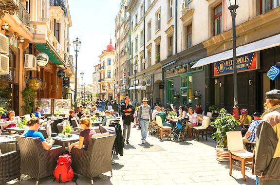 Картинка прогулка по Бухаресту