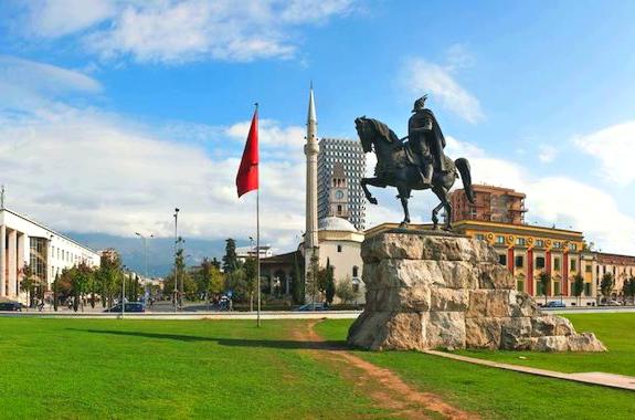 Фото экскурсия в Тиране