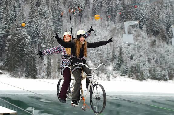 Картинка катание на Bike-zip в Буковеле
