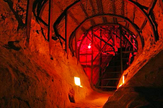 Картинка экскурсия по Антониевым пещерам