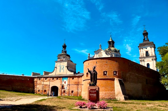 Фото поездка в монастырь в Бердичеве