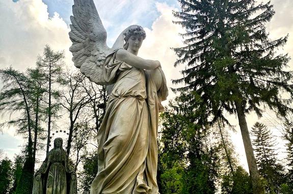 Фото экскурсия на Лычаковское кладбище