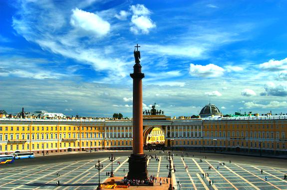 Фото Дворцовая площадь в Санкт-Петербурге