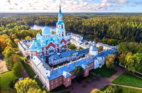 Фото экскурсия в мужской монастырь в Карелии