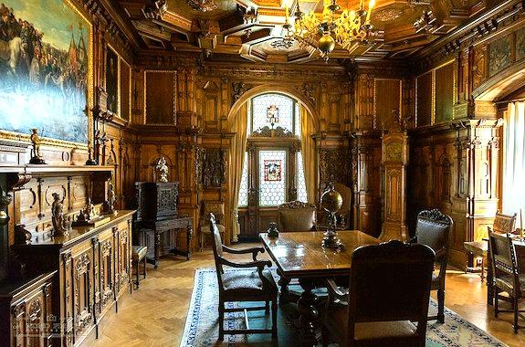 Фото экскурсия в дворец Пелеш