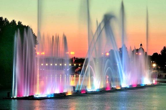 Фото поющие фонтаны в Виннице