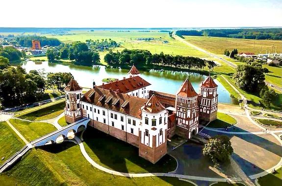 Картинка экскурсия в Мирский замок из Харькова