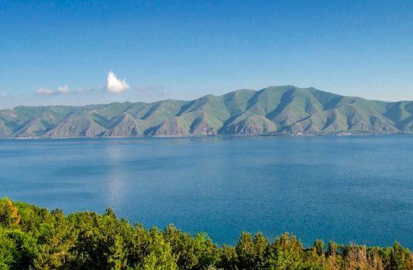 Картинка экскурсия на озеро Севан