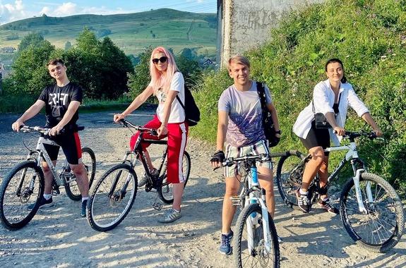 Фото прогулка в Карпатах на велосипедах